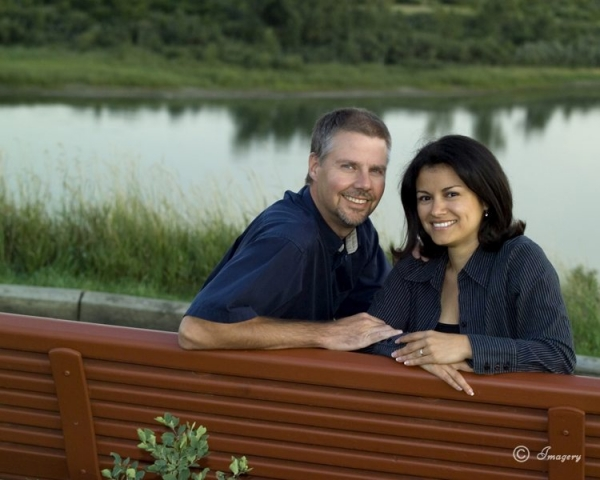 Professional Photo Couple Outside