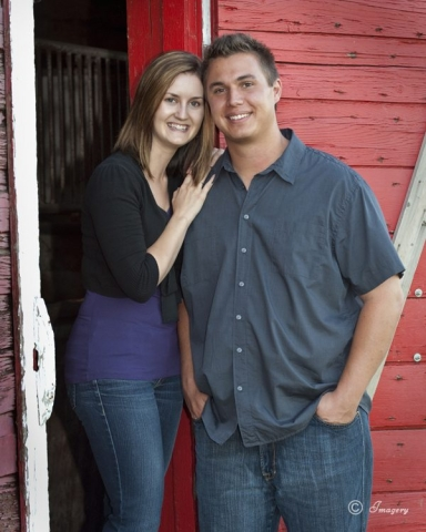 Professional Photo Couples Outside